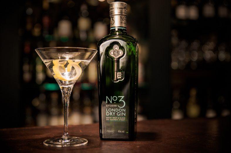 No.3 London Dry Gin mejor destilado del mundo 2019
